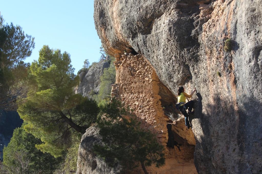 Come scegliere le falesie per iniziare ad arrampicare outdoor