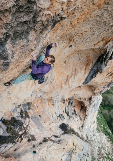 Primo 9b femminile: Angela Eiter, La Planta de Shiva - Novelle d'arrampicata