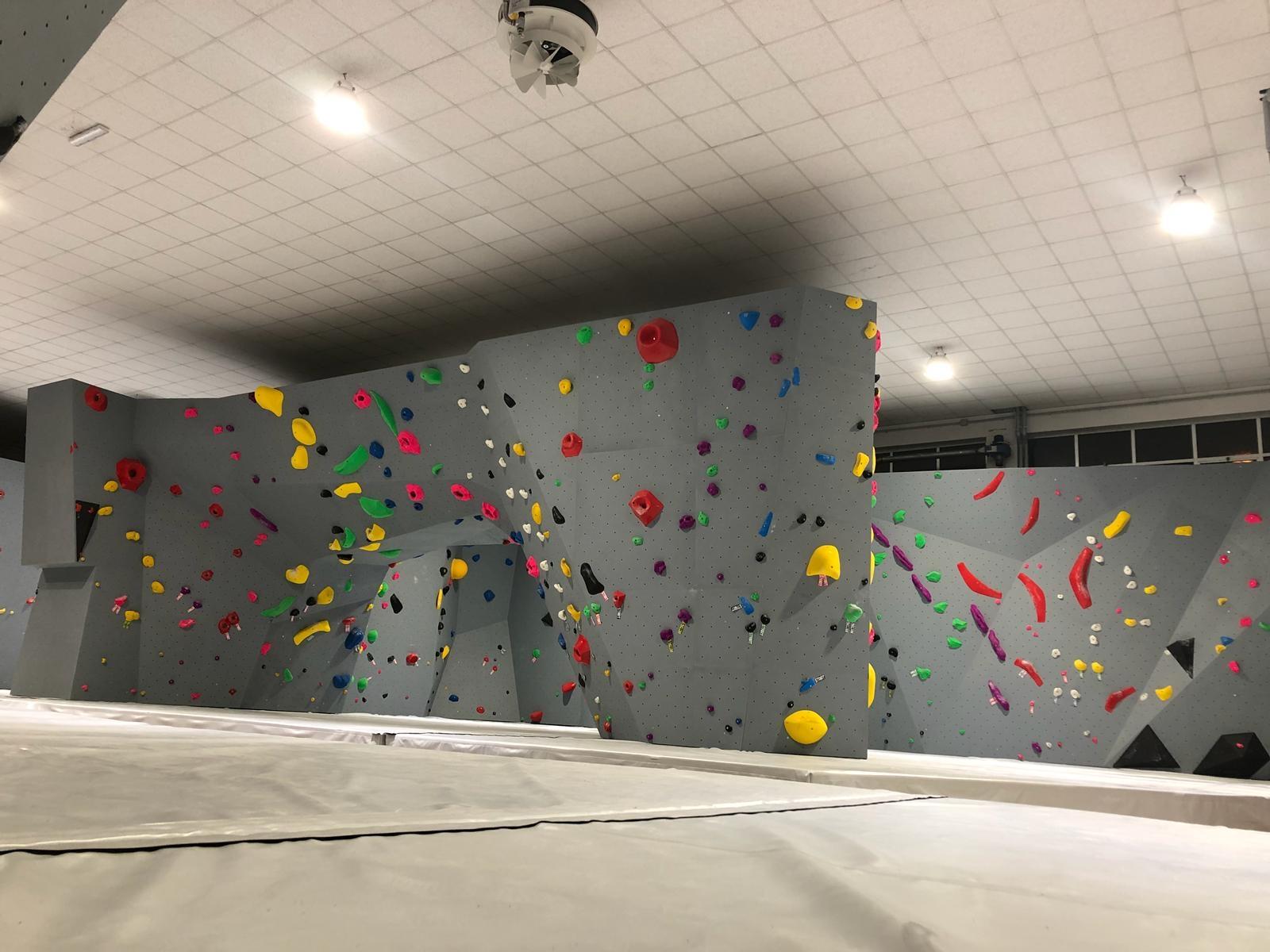 Big Up Climbing palestra boulder Cuneo