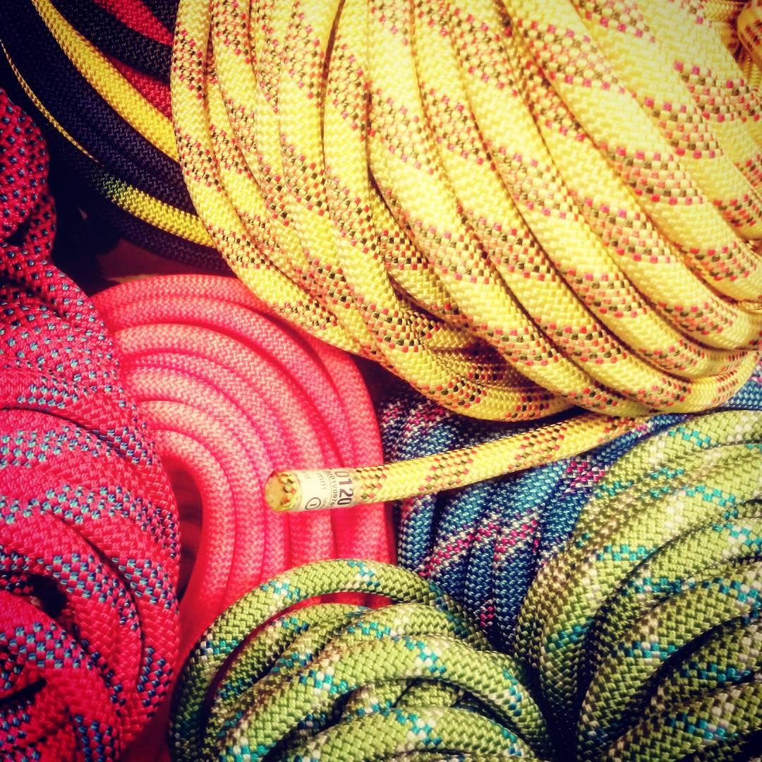 Sicurezza verticale: Quando cambiare la corda da arrampicata