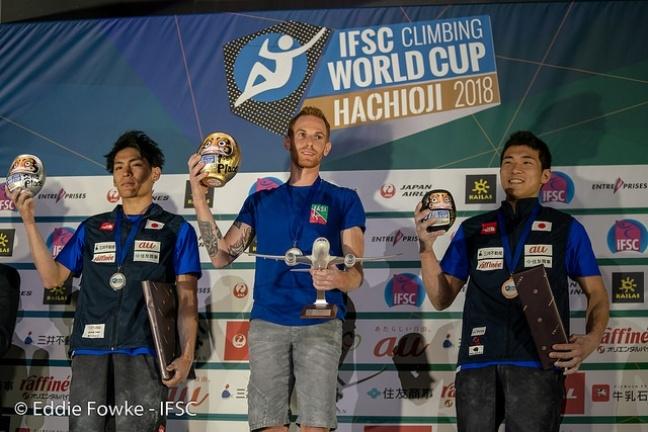 Ad Hachioji Moroni vince la medaglia d'oro nel boulder - Novelle d'arrampicata