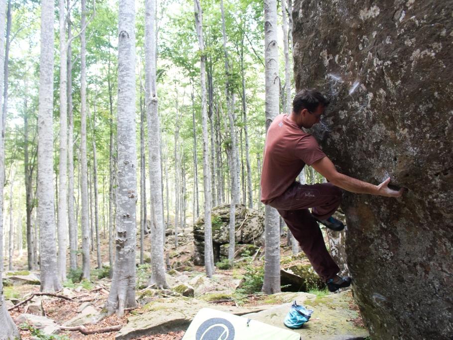 Fare boulder al Rifugio Lagoni