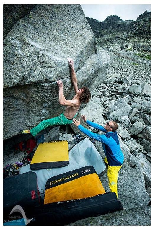 Come scegliere il crash pad per il boulder