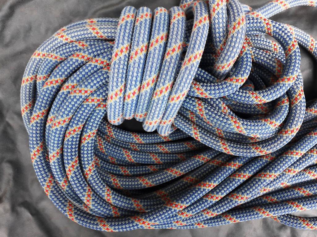 Controllare la corda da arrampicata: i consigli di Edelrid e Petzl