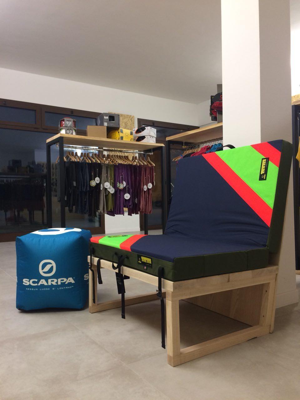 Crash pad Organic negozio arrampicata Padova. Negozio arrampicata Padova  Oliunìd ab976e6a344e