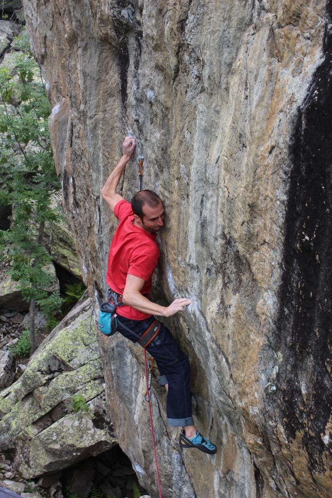 Passare dall'arrampicata indoor alla falesia è difficile?