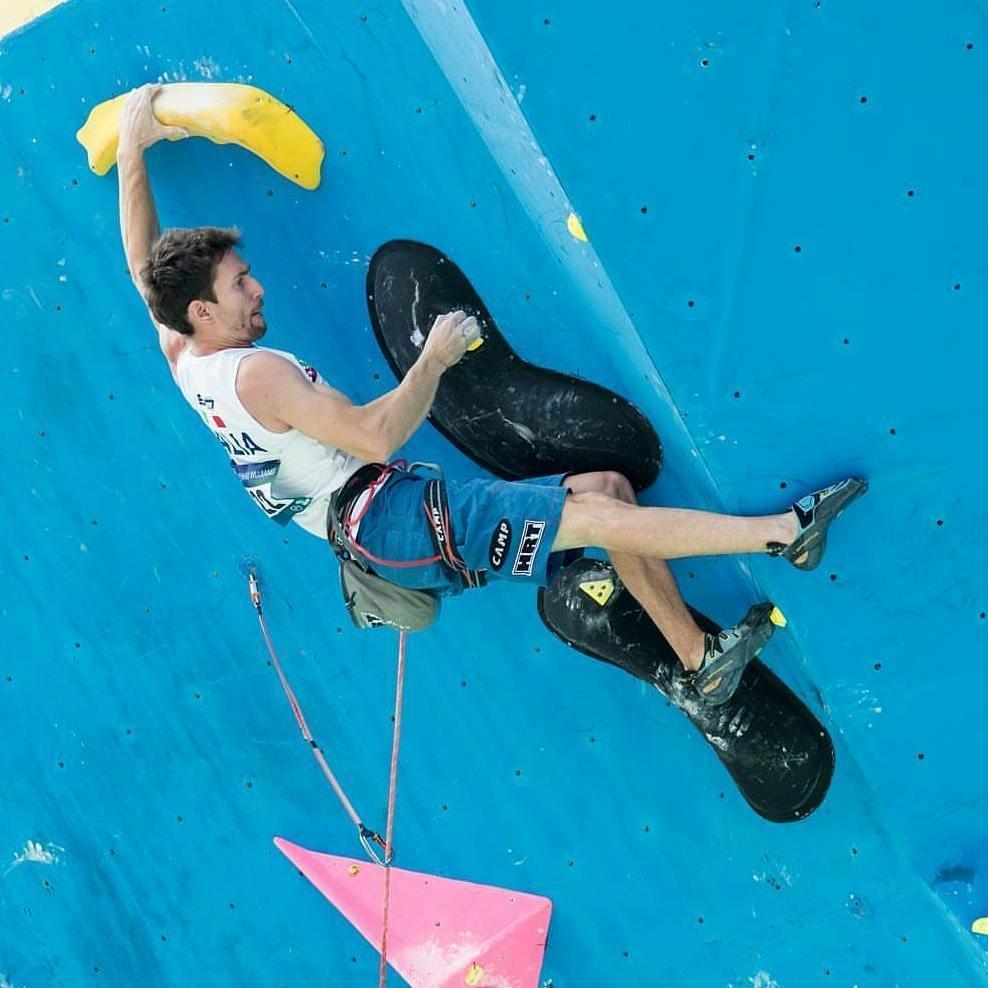 Stefano Ghisolfi vince la tappa di Coppa del Mondo Lead - Novelle d'arrampicata