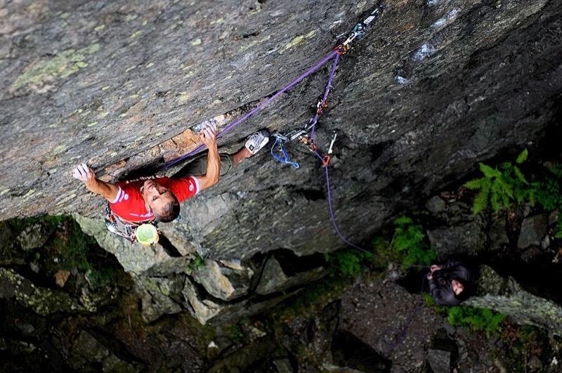 steve mcclure arrampicata hells wall foto keith sharples